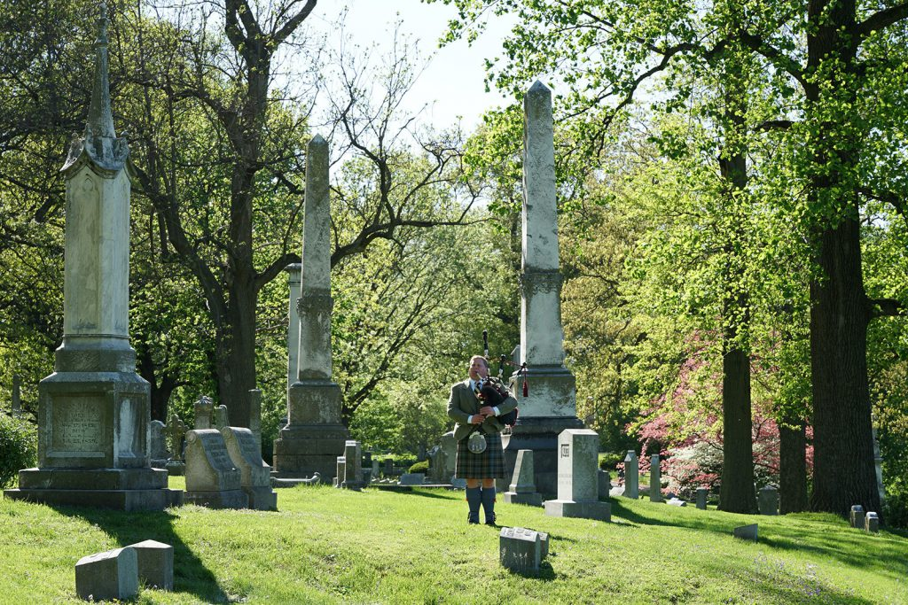 st-louis-funeral-bagpiper04